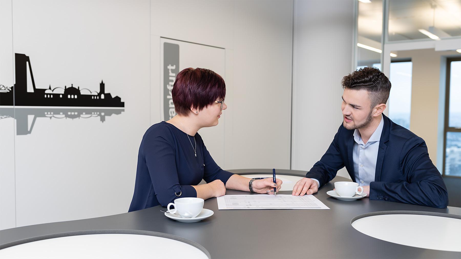 Business Portrait Frankfurt Corporate Photography Mitarbeiterfoto
